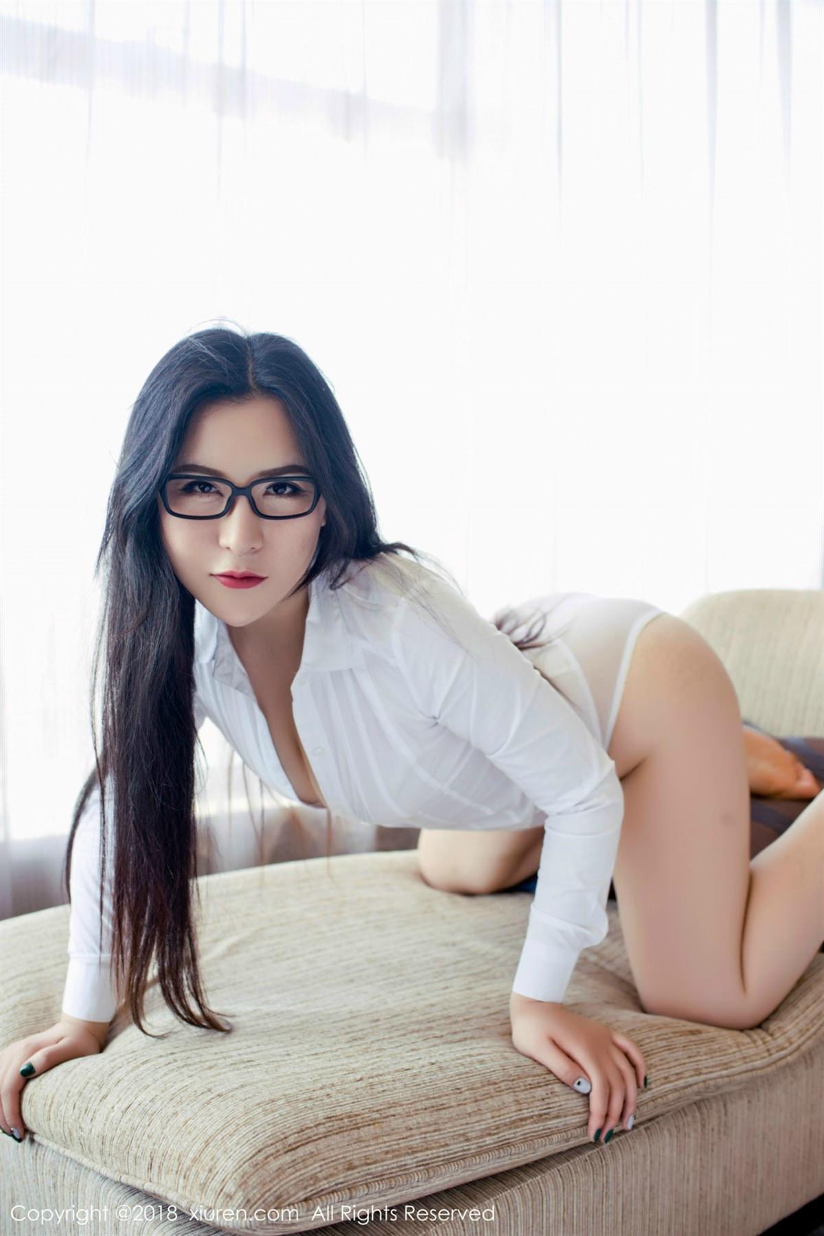 XiuRen No.1122 19P, Xiuren, Yi Ruo
