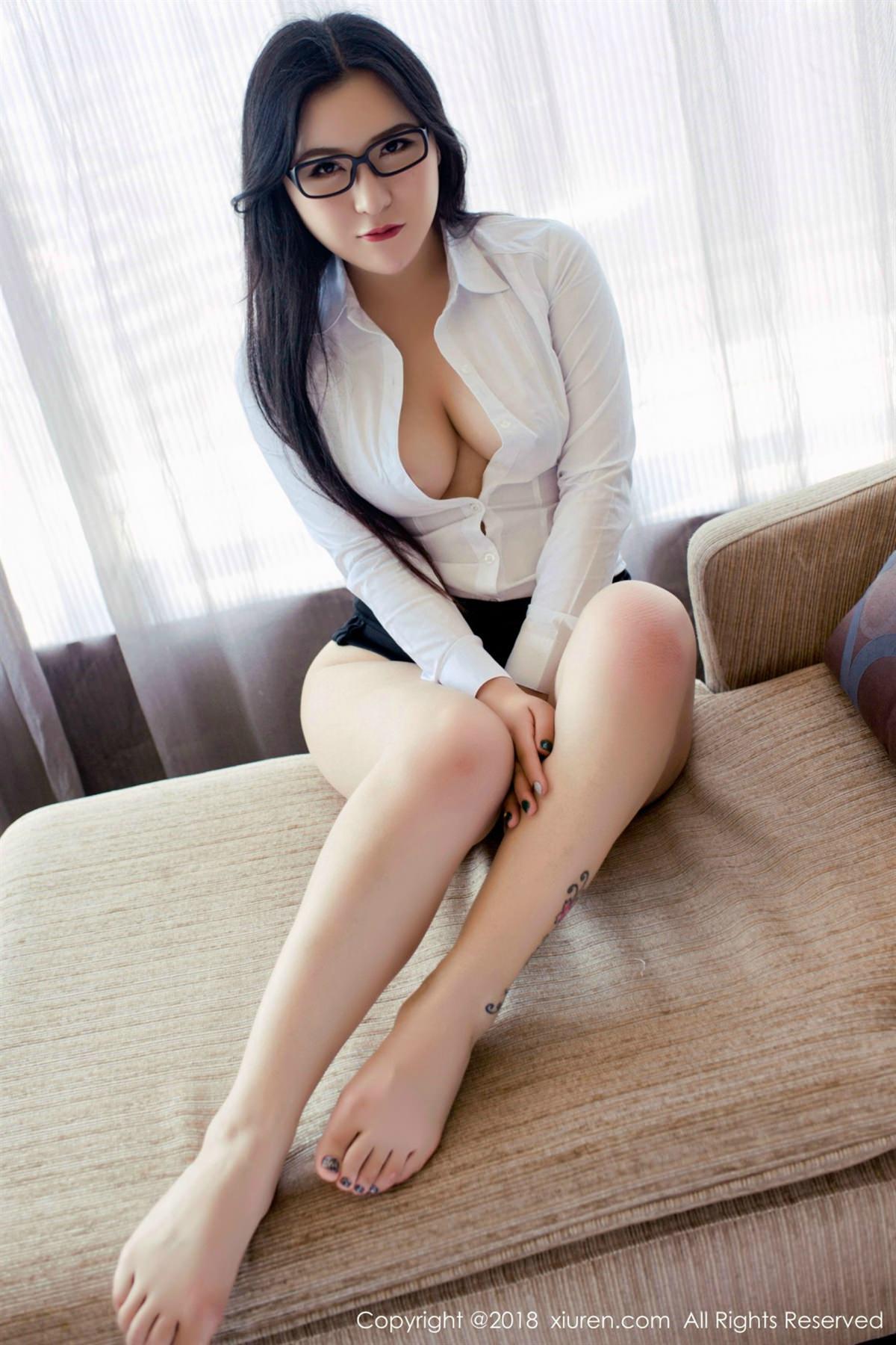 XiuRen No.1122 9P, Xiuren, Yi Ruo