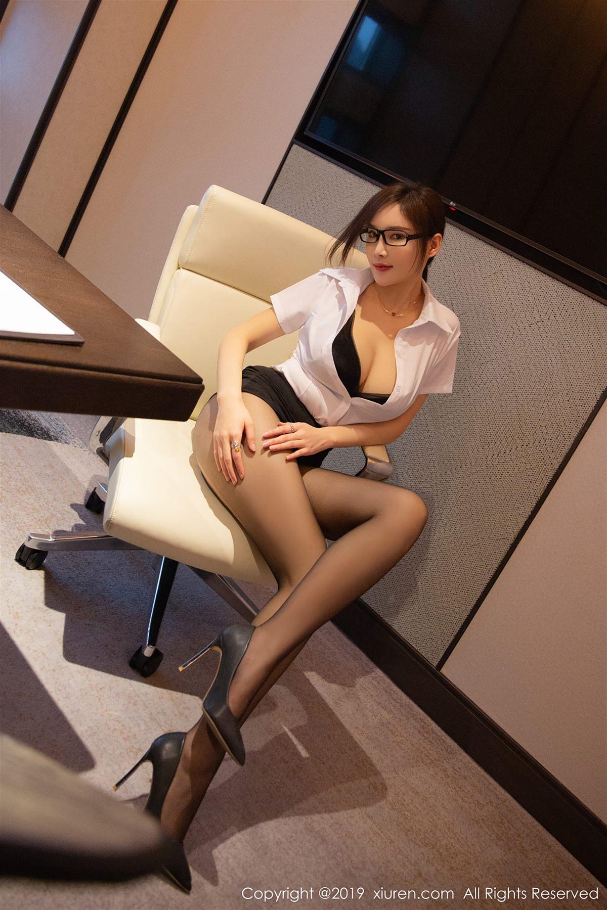XiuRen No.1301 16P, Xiuren