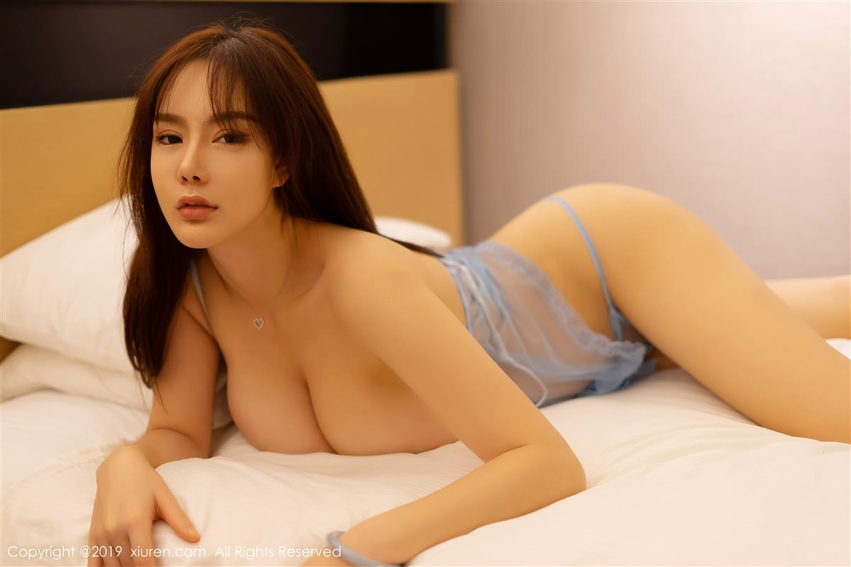 XiuRen No.1319 6P, Xiuren, Yi Yang
