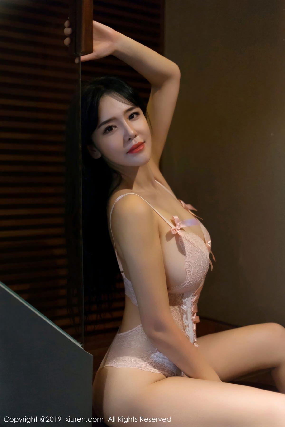 XiuRen No.1360 32P, Liu Yu Er, Xiuren