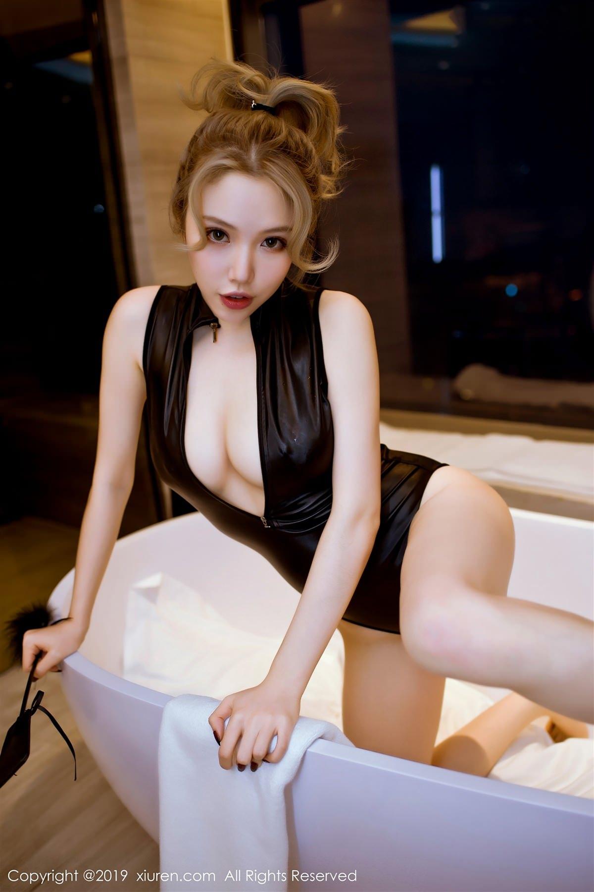 XiuRen No.1386 2P, Huang Le Ran, Xiuren