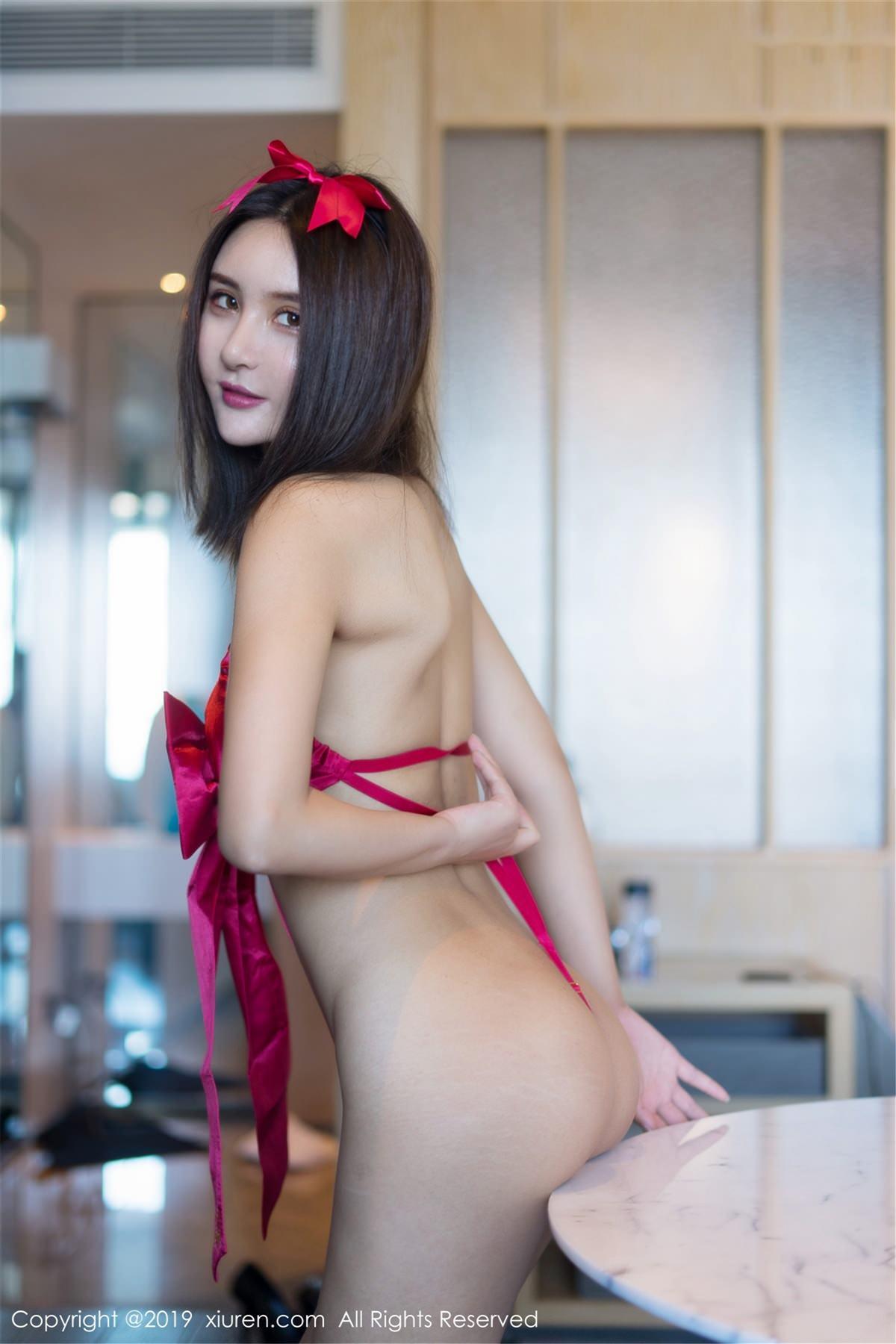 XiuRen No.1399 33P, Solo Yi Fei, Xiuren