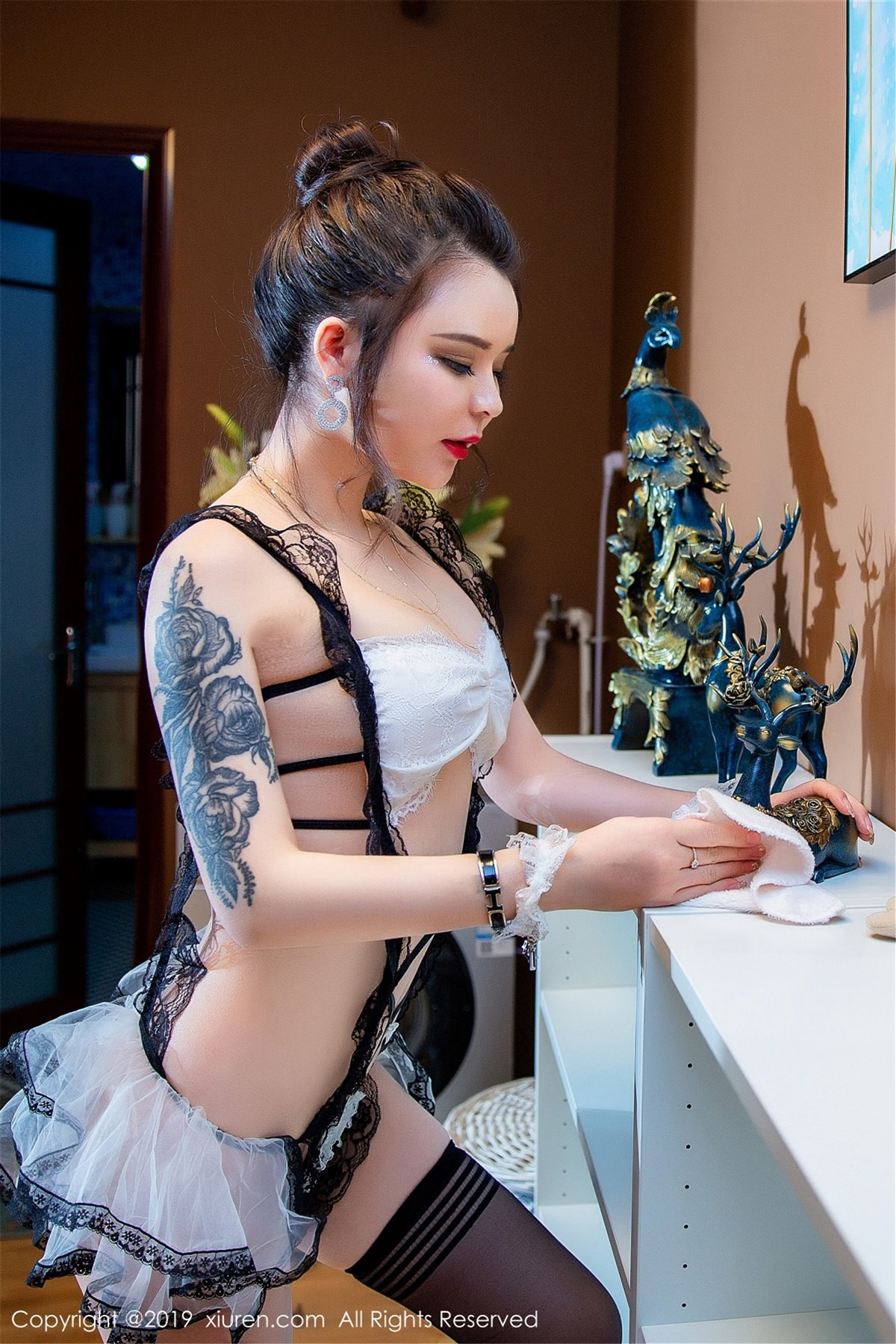 XiuRen No.1410 9P, Ai Li Sha Lisa, Xiuren