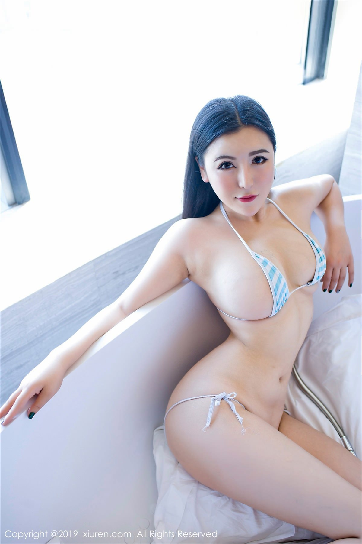 XiuRen No.1412 3P, Xiuren, Yi Ruo