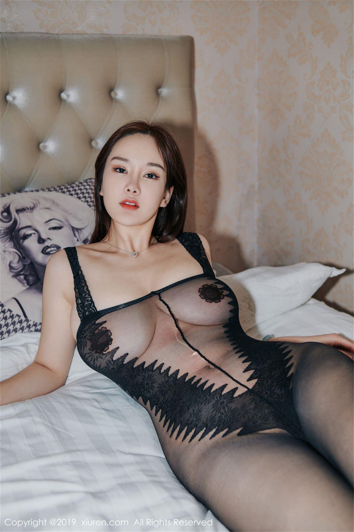 XiuRen No.1413 8P, Xiuren, Yi Yang