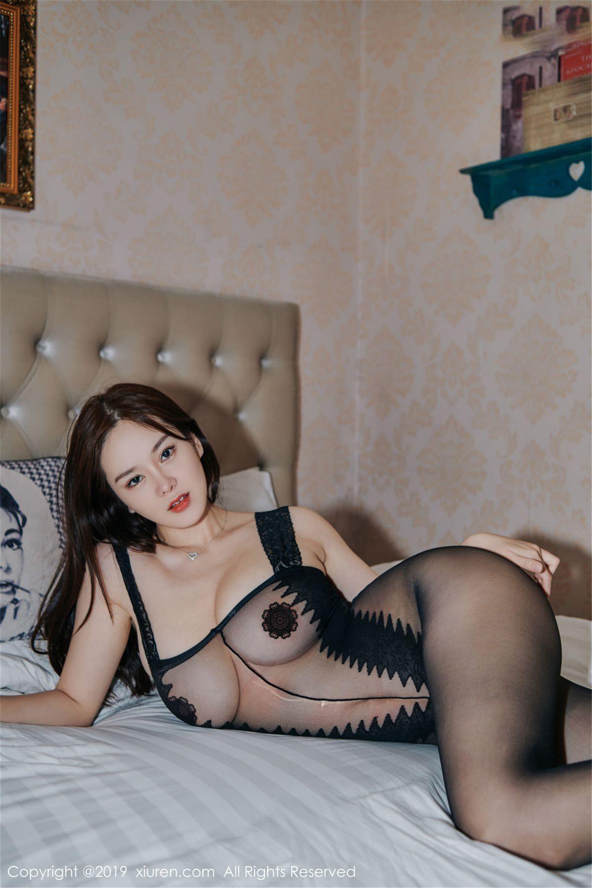 XiuRen No.1413 9P, Xiuren, Yi Yang