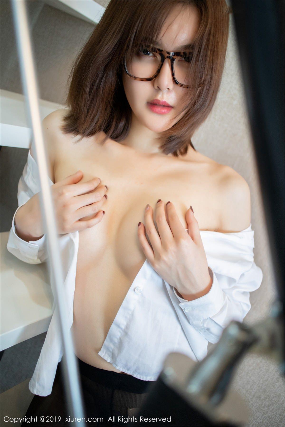 XiuRen No.1439 31P, Xiuren, Yomi