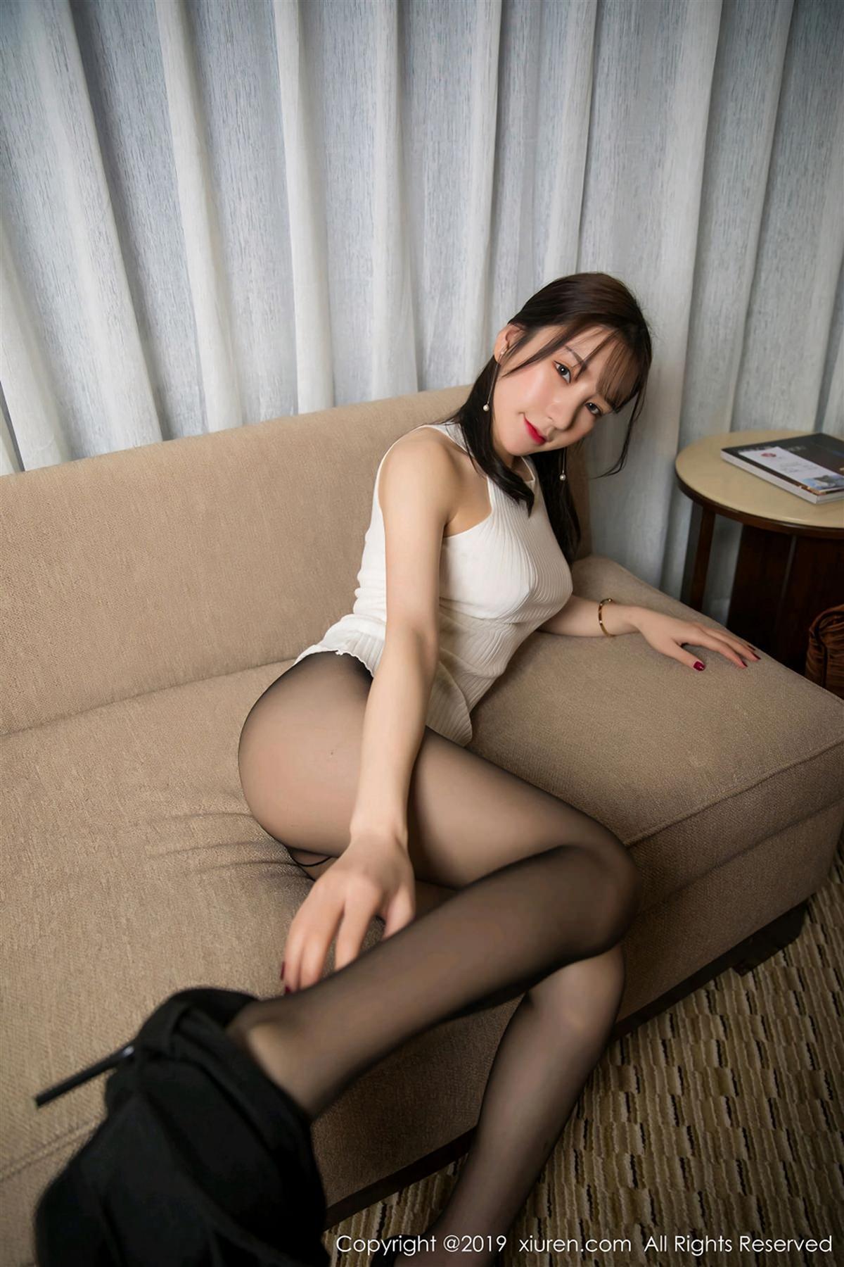 XiuRen No.1461 38P, Xiuren, Zhou Yu Xi