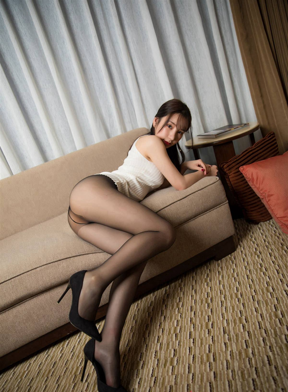 XiuRen No.1461 44P, Xiuren, Zhou Yu Xi