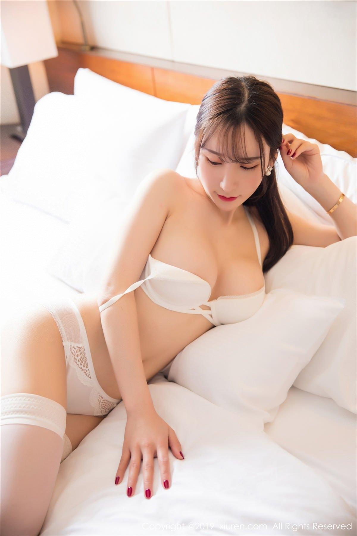 XiuRen No.1485 33P, Xiuren
