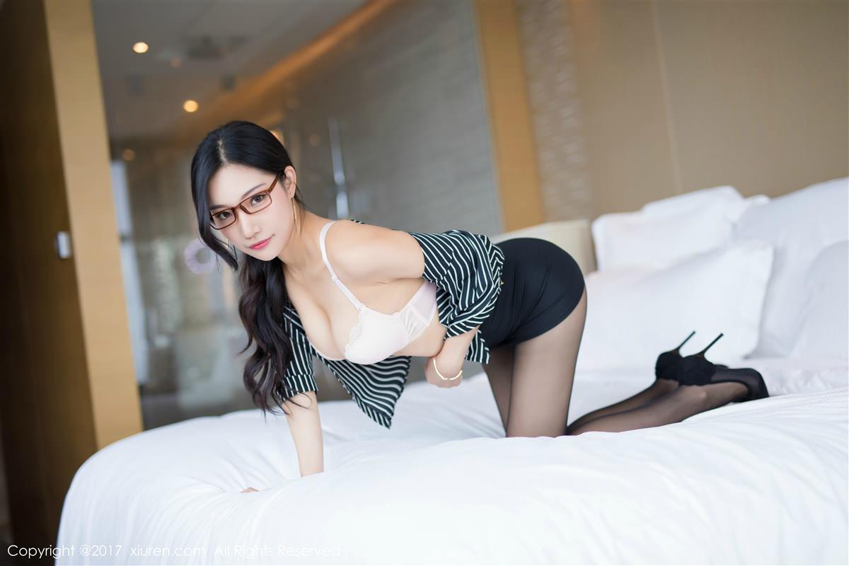 XiuRen No.871 32P, Xiao Hu Li, Xiuren