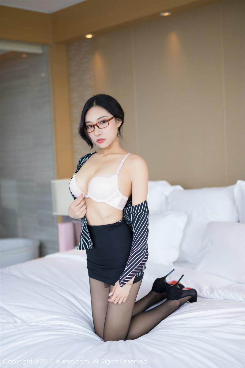 XiuRen No.871 33P, Xiao Hu Li, Xiuren