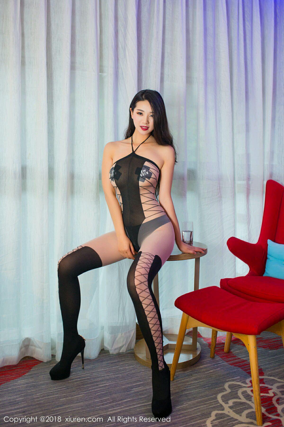 XiuRen No.988 4P, Song Ki Ki, Xiuren